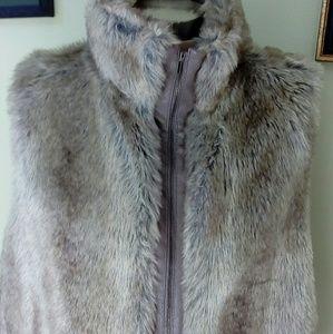 Elle....faux fur gray fox vest